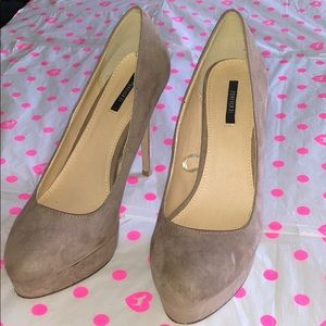 Forever 21 Nude Suede Heels size 9